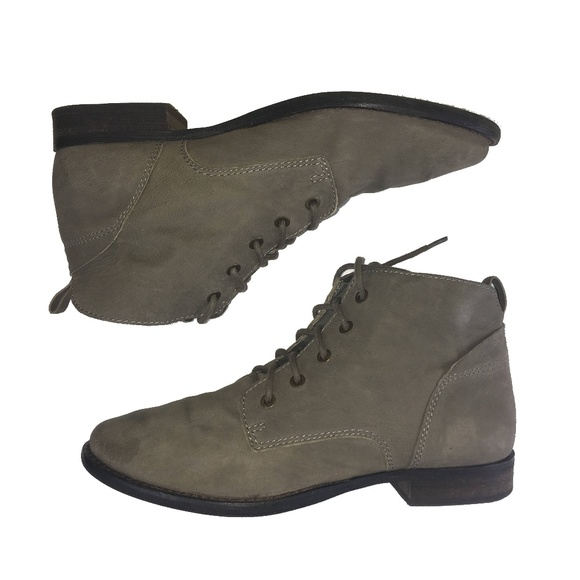 7916cb5dc8b82 SAM EDELMAN MARE Leather Lace Up Ankle Boots. M 5b5fb6aae944ba484a21009a